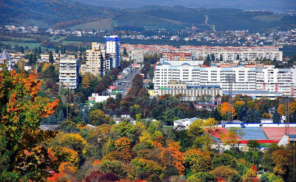 В Нальчике отмечают День города, День знаний и День. - ОТР